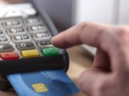 """Les commerçants """"sommés"""" de mettre en place l'e-paiement avant le 31 décembre"""