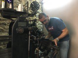 Mourad Bensadok artisan relieur doreur
