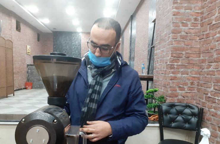 Walid propriétaire de la brulerie Fémoka