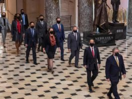 Destitution de Trump : les démocrates présentent leur dossier à charge