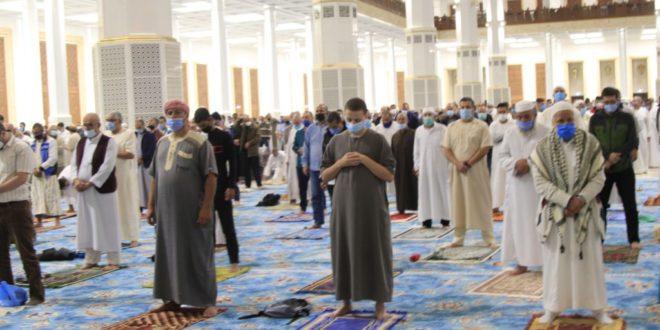 Plus de 18 millions Algériens affluent à la prière des tarawih depuis le début du ramadhan